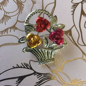 Vintage Flowers in a Basket Pin 1 inch